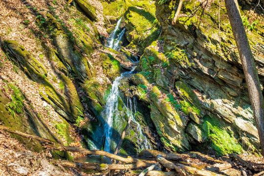 Stufiger Wasserfall des Wäschbachs