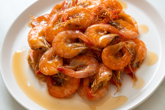 Sweet shrimps is Thai dish which cooks with fish sauce and sugar