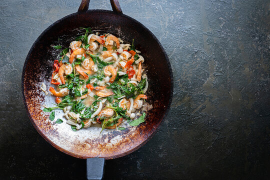 Fried Shrimp with Basil Leaves in pan
