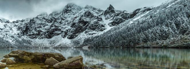 Obraz Morskie Oko i Mnich - Tatry Wysokie - Polska - Panorama HDR - High Tatras - fototapety do salonu