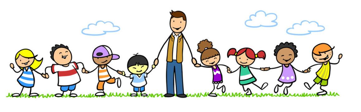Mann als Kindergärtner mit Kindern im Kindergarten