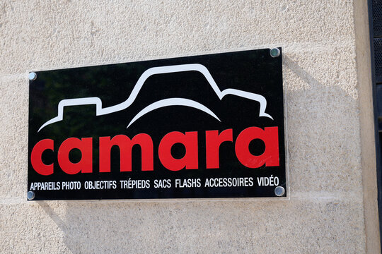 Camara logo and text sign front of store camera french photographer brand of digital photography shop