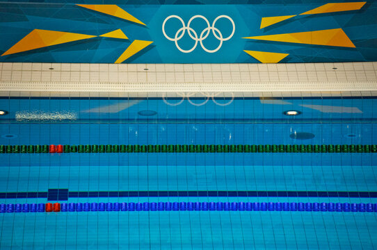 The Green Color Coded AntiWave Forerunner Racing lines mark end lane In Olympic Pool