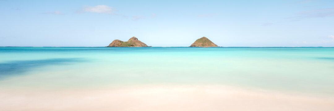 Beautiful panoramic shot of the Lanikai Beach in Kailua, USA