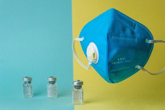mascarilla con vacunas 2