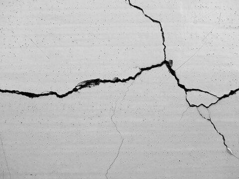 crack white concrete wall texture