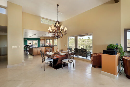 Eating area in luxury home