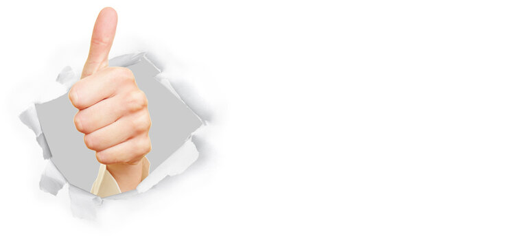 Weibliche Hand zeigt Daumen hoch als Erfolg Konzept
