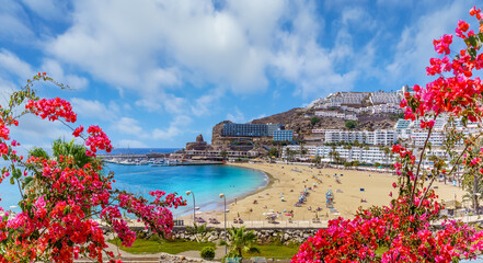 Wall Mural - Landscape with  Puerto Rico village and beach on Gran Canaria, Spain
