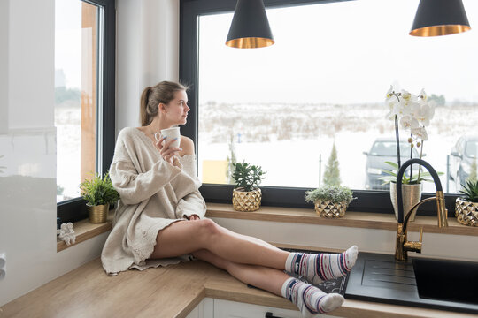 women's lifestyle session at home