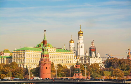 View of the walls, cathedrals and the tower of the Moscow Kremlin