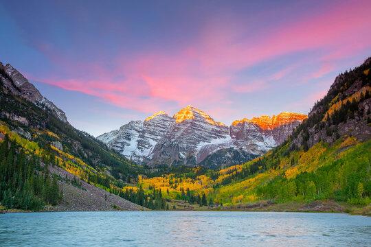 Landscape photo of Maroon bell in Aspen Colorado autumn season, USA