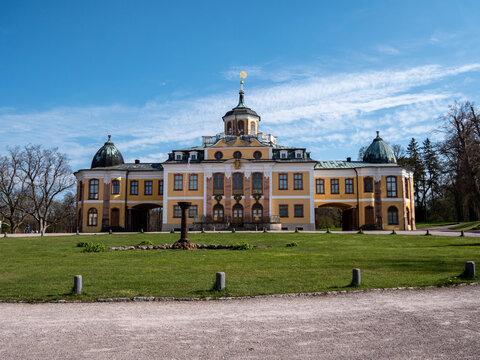Schloss Belvedere bei Weimar in Thüringen mit Schlosspark
