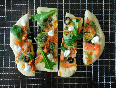 Design and bake your own meals at home / Homemade Pizza / Great for home family party, children and adult birthdays. Everything make your own including your choice of ingredients and flavors