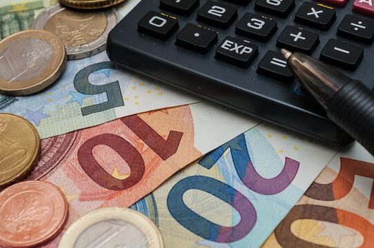 Kreditantrag Banken Taschenrechner