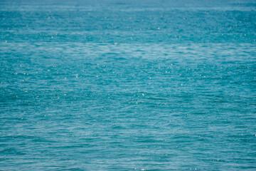 Naturalne piękne tło błękitny ocean.