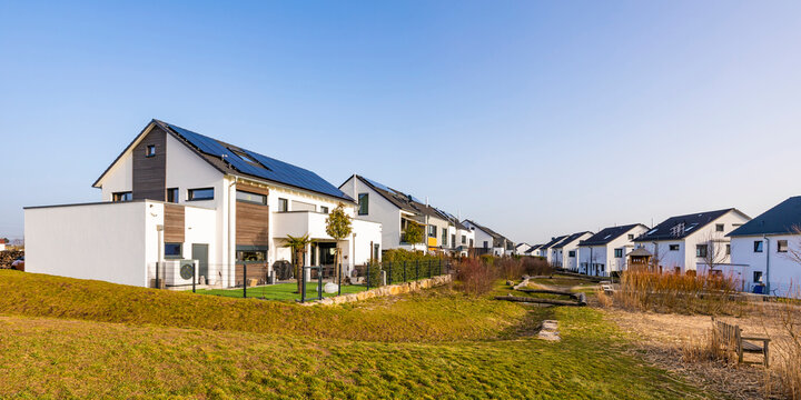 Germany, Baden-Wurttemberg, Waiblingen, Panorama of modern energy efficient suburb houses