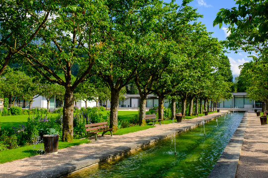 Germany, Bavaria, Berchtesgaden, Fountain in public park