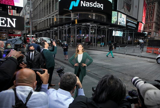 Jessica Alba, actor and businesswoman, poses for photographers during the IPO of The Honest Company in New York