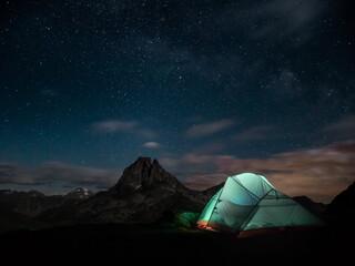Obraz Bivouac in front of Summit - Pic du Midi d'Ossau - fototapety do salonu