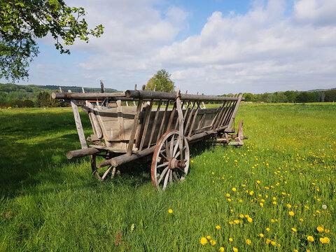 Antiker Leiterwagen