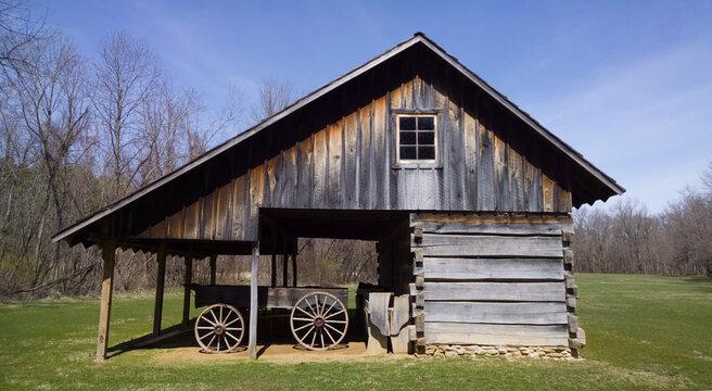 Vintage Barn/Shed