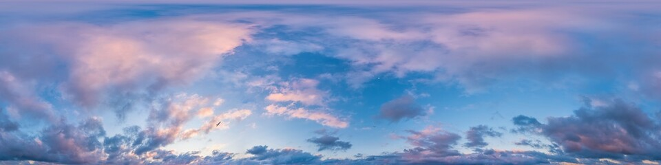 Dark blue sunset sky pano with Cumulus clouds. Seamless hdr panorama in spherical equirectangular format. Complete zenith for 3D visualization, game and sky replacement for aerial drone 360 panoramas. - fototapety na wymiar