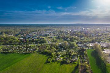Fototapeta Miasto Żagań w Polsce. Panorama miasta wykonana z użyciem drona. obraz