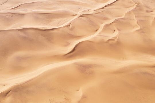 Beautiful desert scenery, richly detailed natural background pictures, located in the Badain Jaran Desert, Inner Mongolia, China.