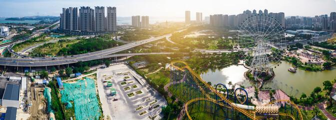 Fototapeta Aerial photos of Ferris wheel in Shantou children's Park, Guangdong Province, China obraz