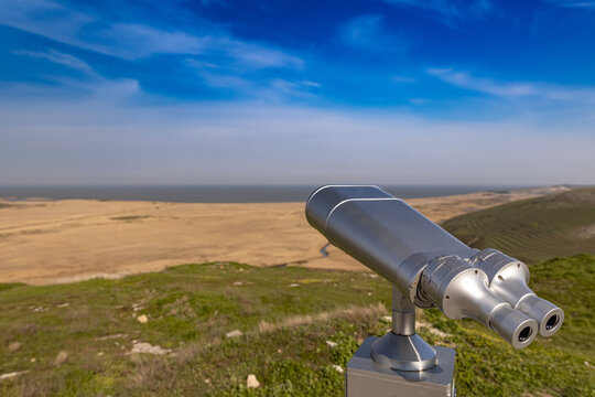 Touristic telescope for panorama observation