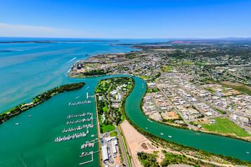 Fototapeta View of Gladstone from marina area, Queensland obraz