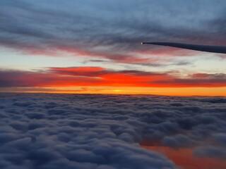 sunset over the sea - fototapety na wymiar