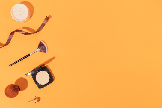Make-up beauty products and brushes, face powders