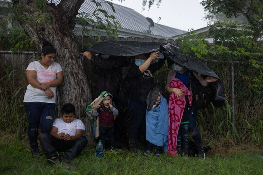 Asylum seeking migrants in La Joya,Texas
