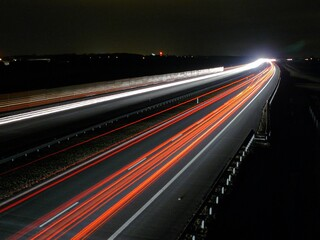 Obraz Ruch na autostradzie nocą - fototapety do salonu
