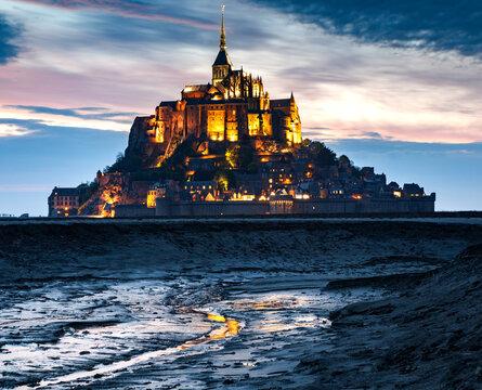 Mont Saint-Michel (Mont-St. Michel) at dusk, UNESCO World Heritage Site, Normandy, France