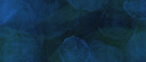 Sfondo blu acquerello con trama nuvolosa e grunge marmorizzato, nebbia morbida e illuminazione nebulosa e colori pastello. Banner web lungo scuro color turchese  - fototapety na wymiar
