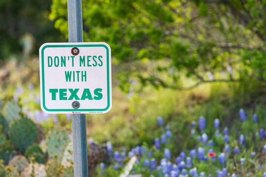 Don't Mess With Texas sign in the hill country.