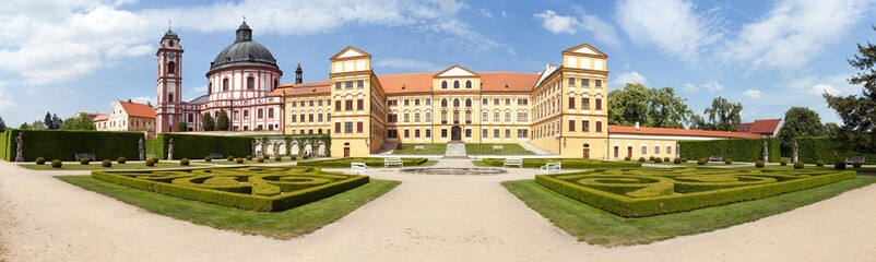 Jaromerice nad Rokytnou baroque and renaissance palace