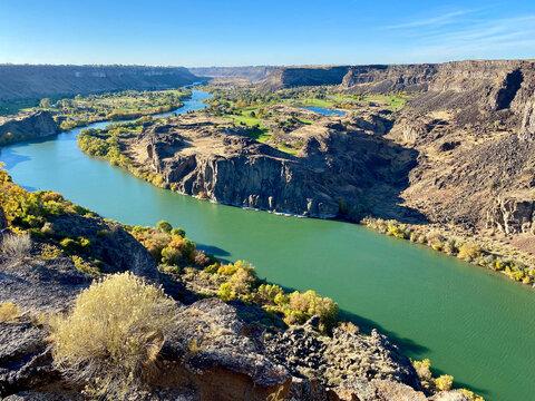 Beautiful Lakes, Streams, and Rivers of Yellowstone, Glacier, and Yuma