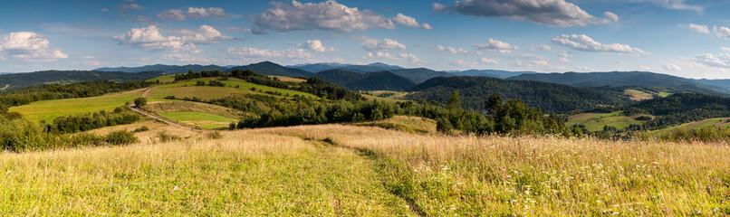 View from Wierchy Rybczańskie to Lake Solińskie and the Bieszczady Mountains, Polanczyk, Solina / Widok z Wierchów Rybczańskich na Jezioro Solińskie i góry Bieszczady, Polańczyk, Solina