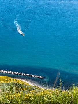 Una splendida vacanza al mare tra le ginestre