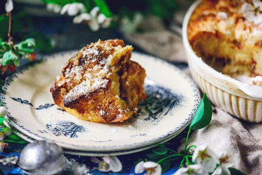 Rhubarb bread pudding..style vintage