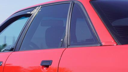 Czerwone auto, czerwony samochód, czerwony lakier,