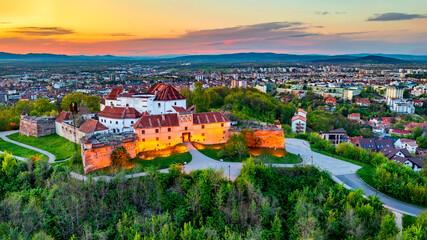 Obraz Brasov, Romania - Sunset aerial view of Citadel - fototapety do salonu