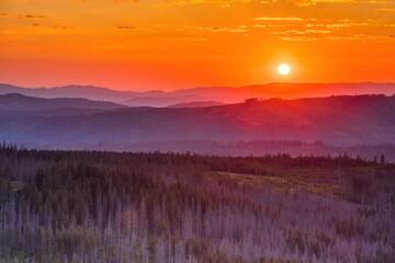Fototapeta Widok na wschód słońca ze schodów na Gęsią Szyję o wschodzie słońca obraz
