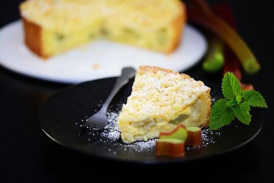 Rhabarberkuchen mit Streusel