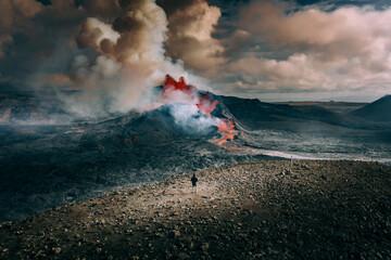 Obraz Selfie with Volcano Eruption - fototapety do salonu