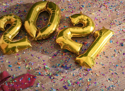 2021 Balloons On Messy Floor With Confetti